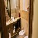 حمام الغرف  فندق رمادا - دبي | هوتيلز بوكينج
